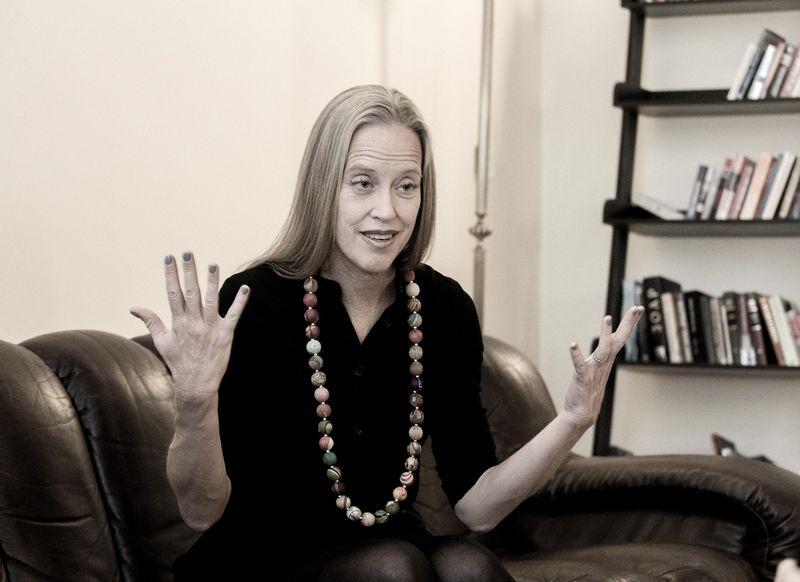 """""""Visame pasaulyje mačiau, kad svarbu įsišaknyti lokaliai, bet rinkti informaciją globaliai"""", – pasakoja Wendy Kopp. Juditos Grigelytės (VŽ) nuotr."""
