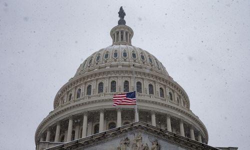 JAV Kongresas bandys spręsti vyriausybės uždarymo problemą