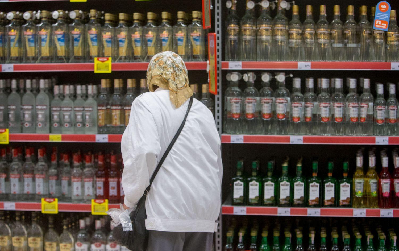 Lietuviai pagal išlaidas alkoholiui – treti ES