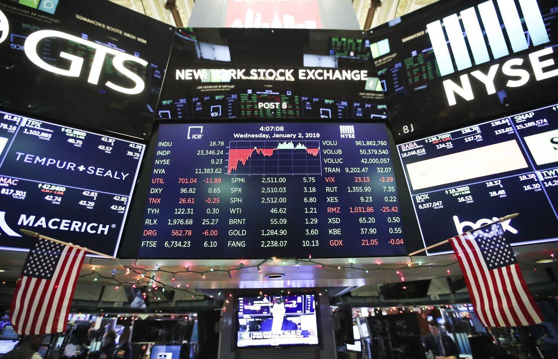 """""""Apple"""" sugrąžino rinkų nerimą dėl pasaulio perspektyvų"""
