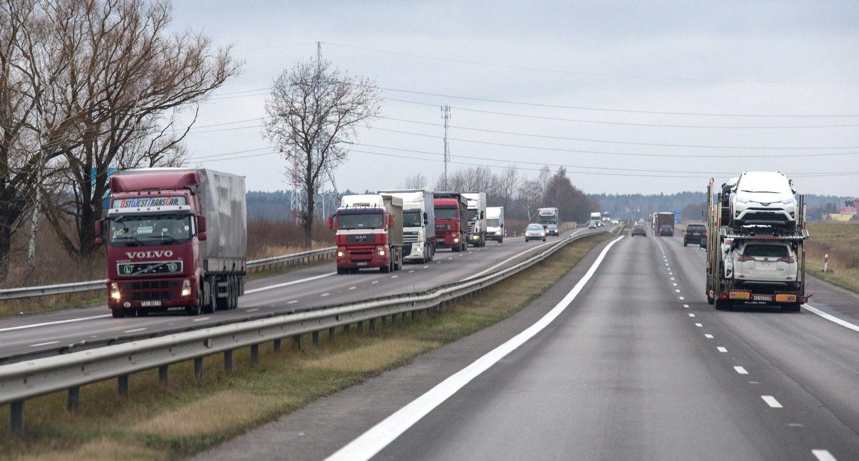 Ieškoma rangovų 65,6 mln. Eur vertės Vilniaus-Kauno automagistralės projektui