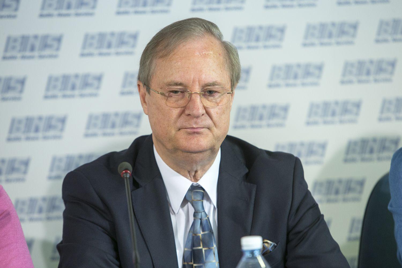 Iš pareigų pasitraukė LRT komisijos narys E. Vaitekūnas