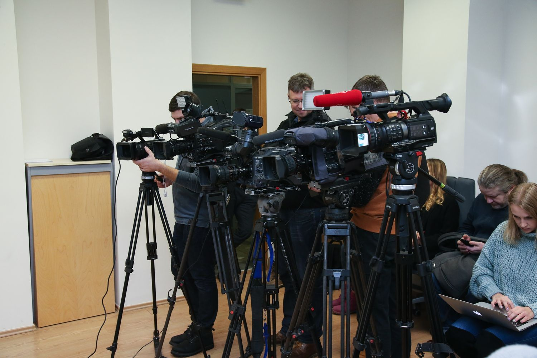 Žiniasklaidos ekspertas lenktynėmis vadina naujas pataisas dėl draudžiamos informacijos
