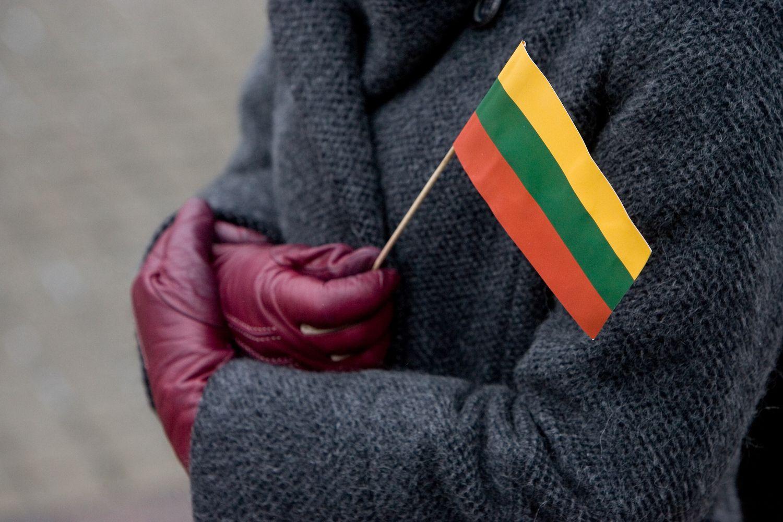 Eurobarometras: lietuviai savo ekonominę padėtį vertina optimistiškiausiai ES