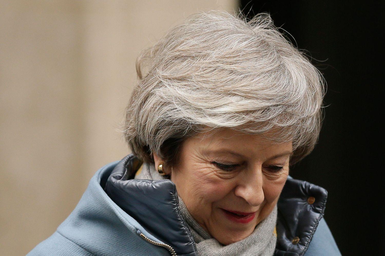 """JK premjerė sulaukė dar vieno kirčio iš savo parlamentarų dėl """"Brexit"""""""