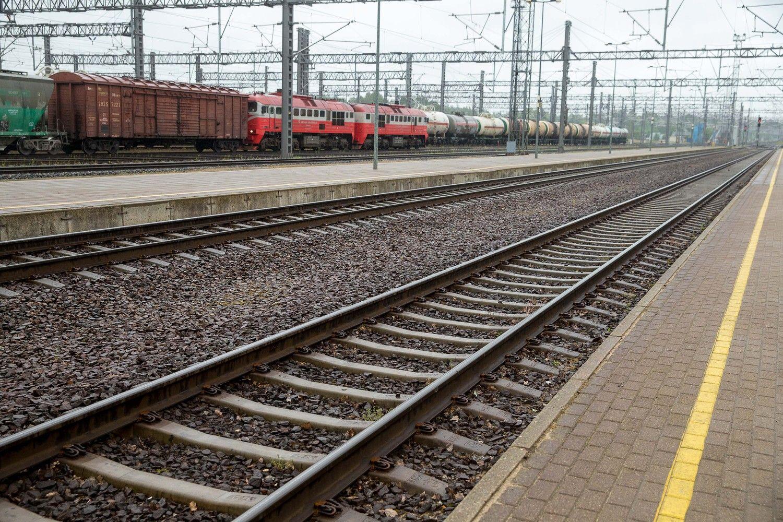 """""""RB Rail"""" darbuotojų atrankai planuoja skirti 82.000 Eur"""