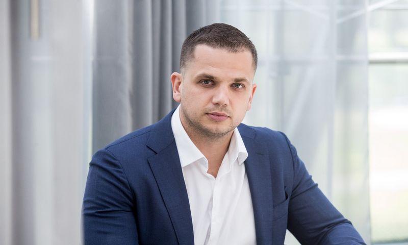 """Renatas Žeknys, AB """"Swedbank"""" finansų makleris. Juditos Grigelytės (VŽ) nuotr."""