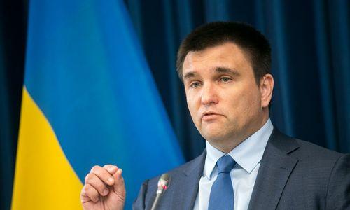 """P. Klimkinas perspėja, kad Rusija siekia """"uždusinti"""" Donbasą ir Pietų Ukrainą"""