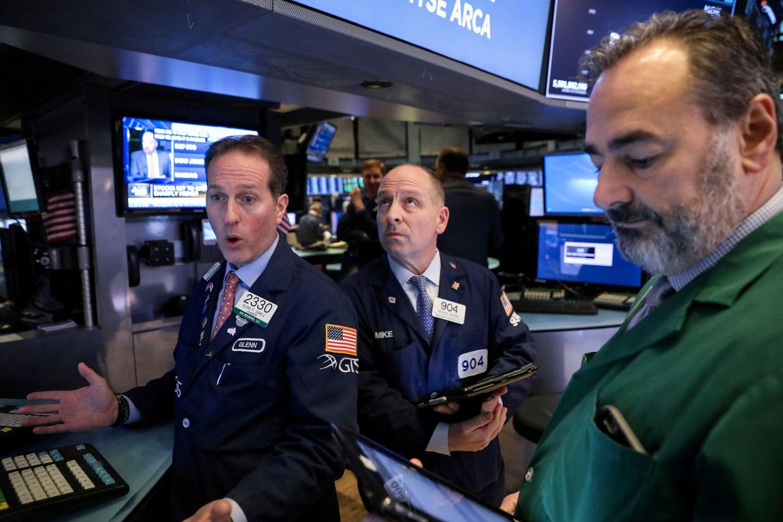 Po trumpalaikio ralio investuotojai prisiminė rūpesčius