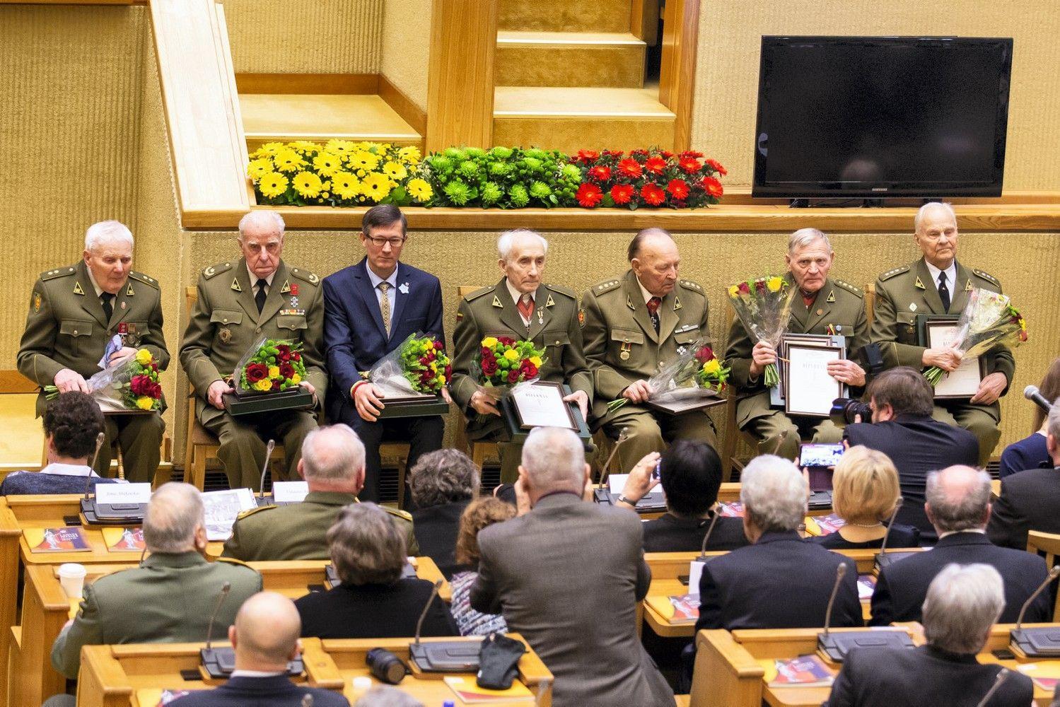 Sausio 13-ąją Laisvės premija įteikta pokario partizanams