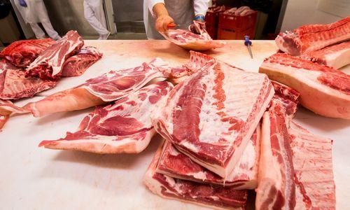 Pradedamos derybos dėl Lenkijos įvesto kiaulienos importo draudimo