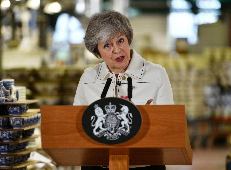 """Th. May balsavimo išvakarėse paragino parlamentaruspalaikyti jos """"Brexit"""" susitarimą"""