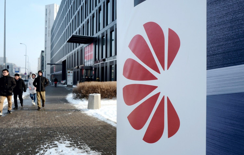 """""""Huawei"""" atleido Lenkijoje sulaikytą darbuotoją, įtariamąšnipinėjimu"""