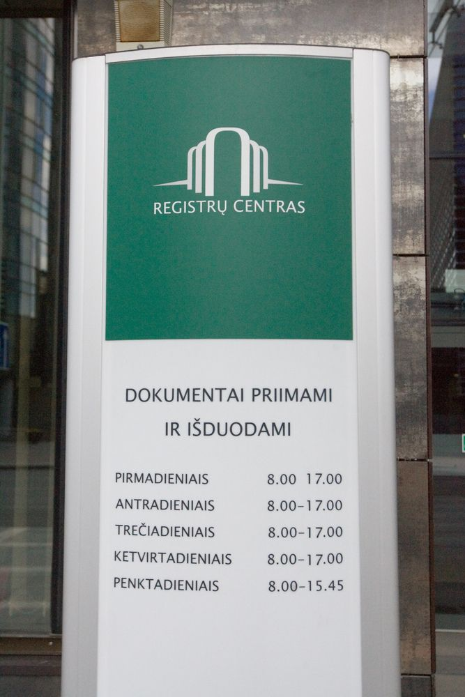 Registrų centras dėl pertvarkos apie atleidimą įspėjo 241 darbuotoją