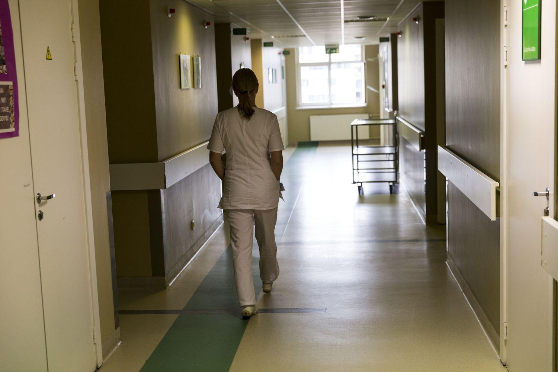 Valdantieji imasi pertvarkų sveikatos sistemoje, medikai prieštarauja