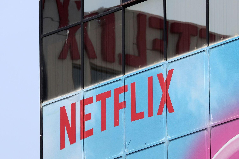 """""""Netflix"""" paslaugų branginimas glosto širdį investuotojams"""