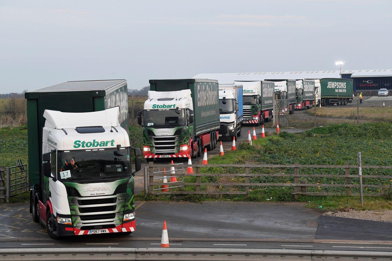 K� eksportuotojams pargena ceitnotas i� Londono