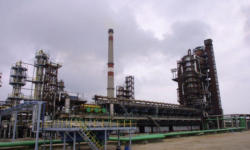"""Naftos perdirbimo įmonė """"Mažeikių nafta"""", 2007 m. Vladimiro Ivanovo (VŽ) nuotr."""
