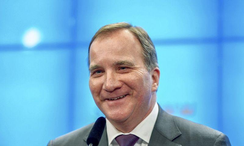 Švedijos premjeru išliko socialdemokratas Stefanas Lofvenas. Jessica Gow (TT/ReutersScanpix) nuotr.
