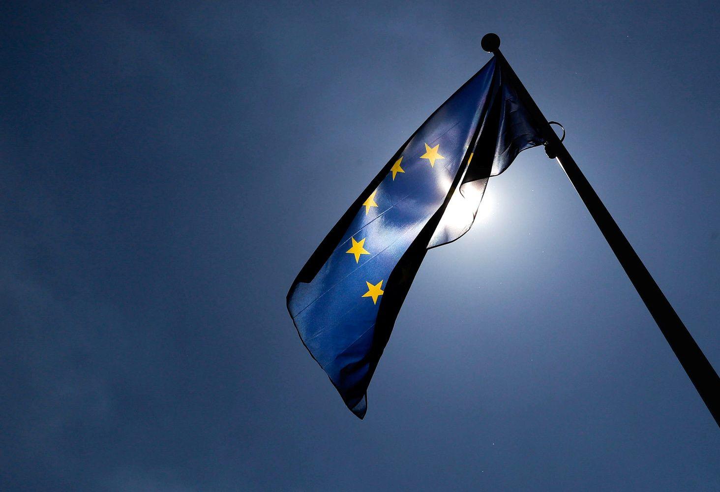 Teisės viršenybės nepaisančios šalys rizikuos netekti ES paramos