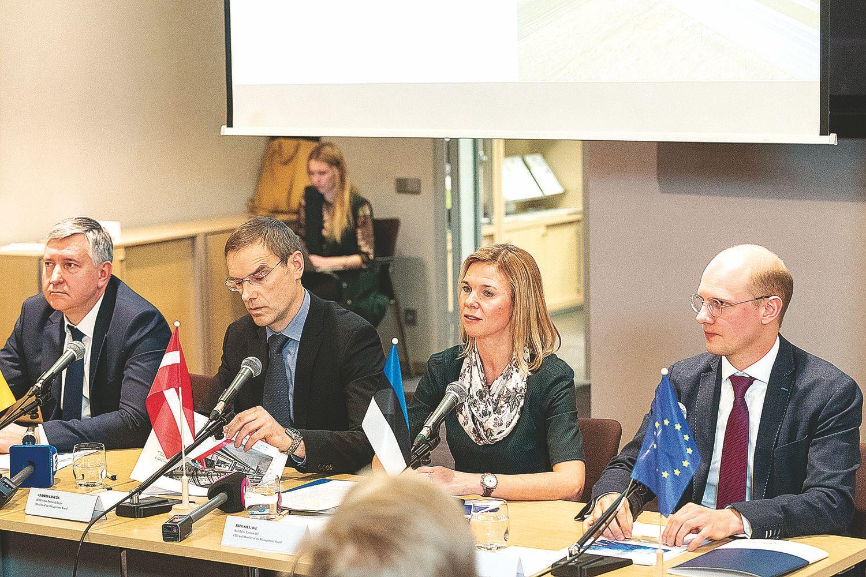 """Prie """"Rail Baltica"""" kviečiama prisijungti ir Suomija"""