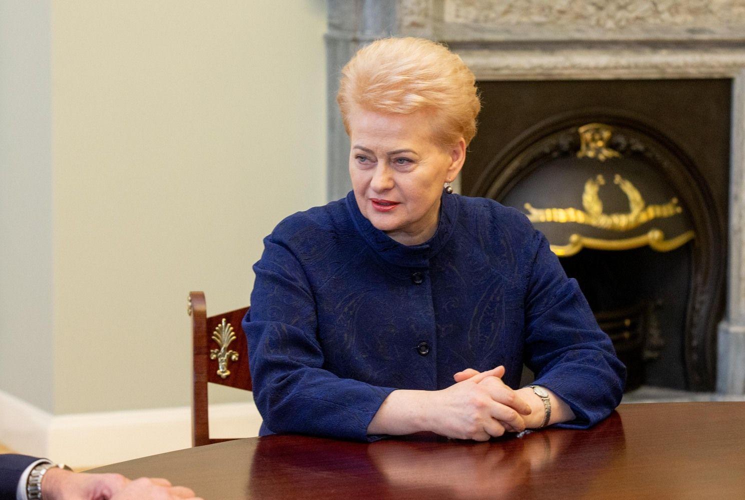 D. Grybauskaitė: klausimai apie moteris Lietuvos Vyriausybėje Davose nebus malonūs