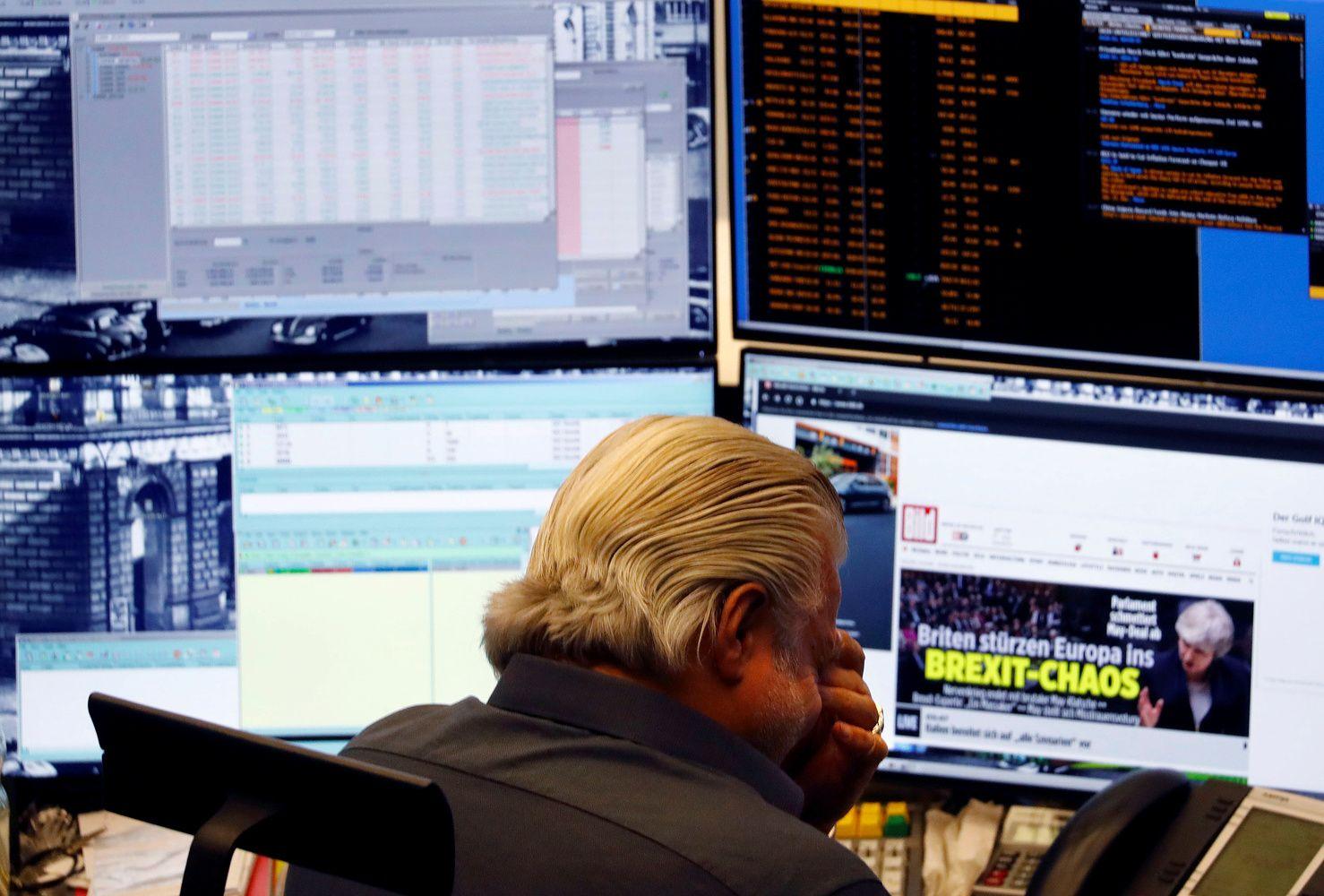 """""""Storų pirštų"""" problema ištrynė 41 mlrd. USD bendrovės vertės"""