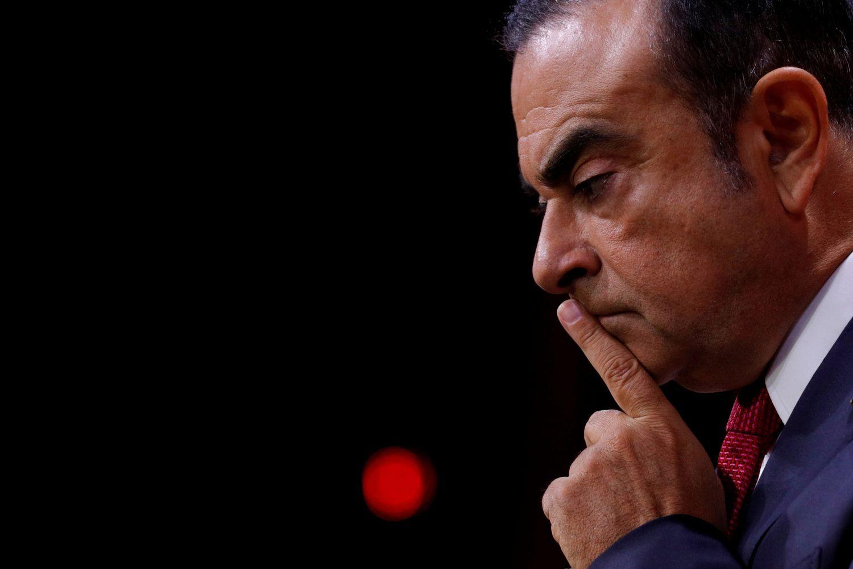 """C. Ghosnas neteko savo postų """"Renault"""" vadovybėje"""