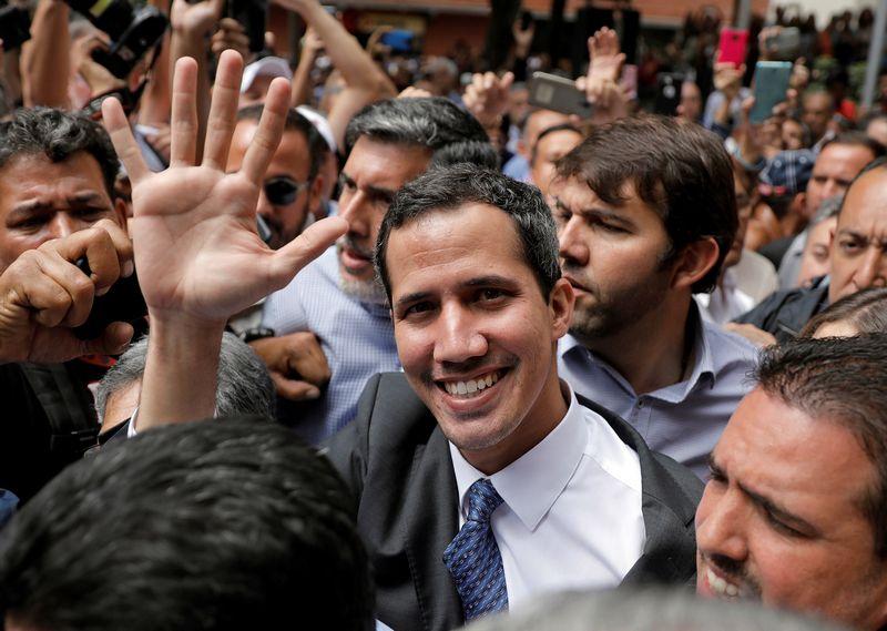 """Venesuelos prezidentu pasiskelbęs šalies opozicijos lyderis Juanas Guaido. Carlos Barria (""""Reuters"""" / """"Scanpix"""") nuotr."""