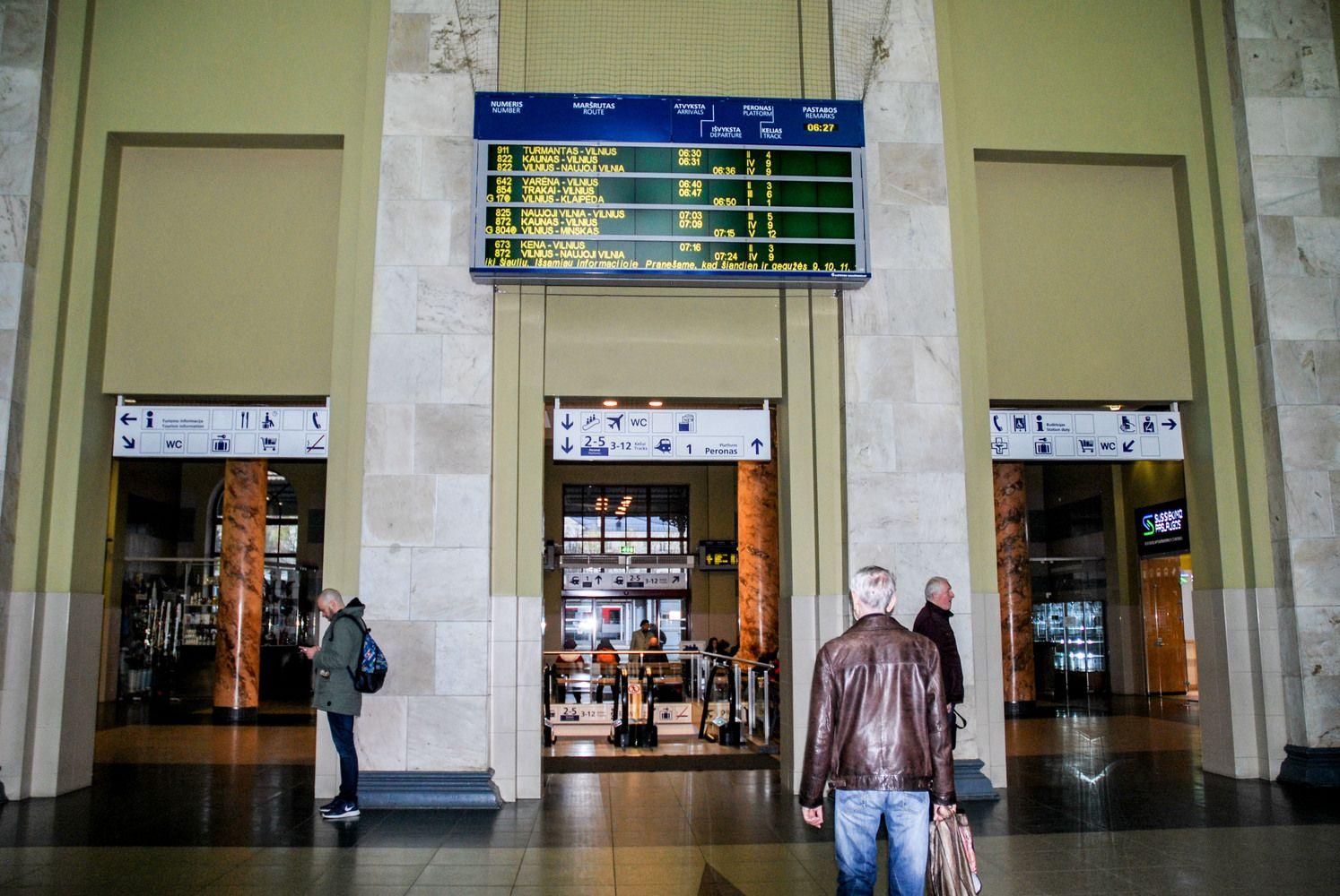 """""""Lietuvos geležinkelių"""" stotyse – naujas maisto parduotuvėlių tinklas"""