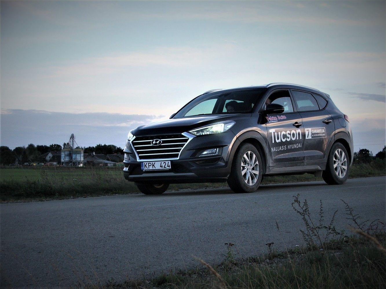"""VŽ bando: taupusis """"Hyundai Tucson"""" mažu dyzeliniu varikliu"""