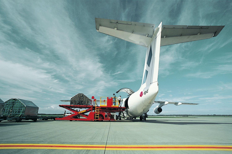 """""""DPD Lietuva"""" skubias siuntas oru gabens į daugiau kaip 220 šalių"""