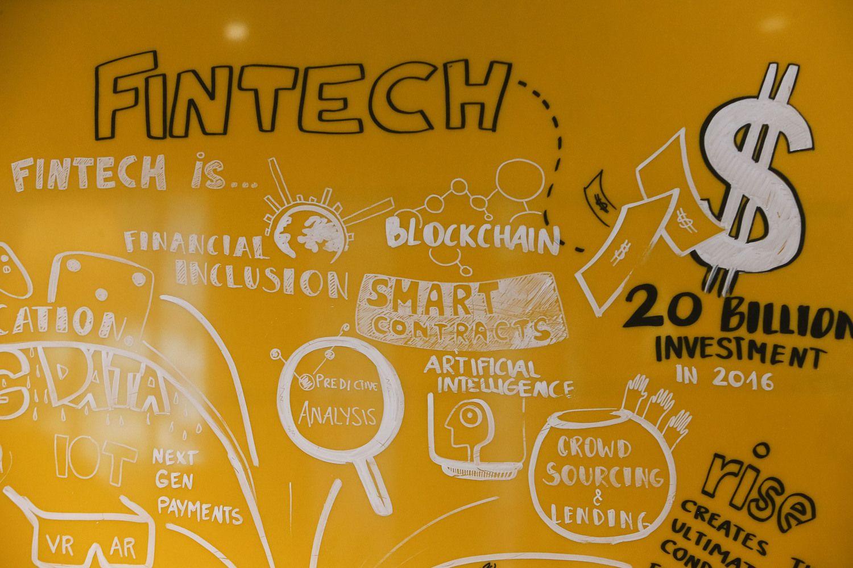 """""""FinTech"""" įmonių skaičius Lietuvoje pernai šoktelėjo 45%"""