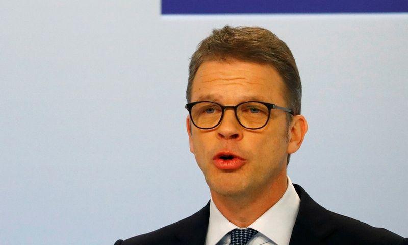 "Christianas Sewingas, ""Deutsche Bank vadovas. Kai Pfaffenbach (""Reuters"" / ""Scanpix"") nuotr."