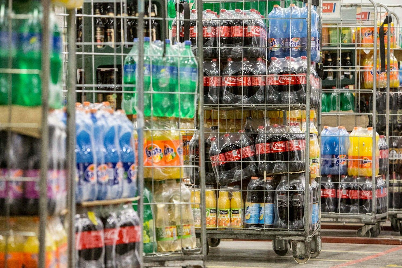Ilga vasara ir naujovės sustabdė gaiviųjų gėrimų rinkos kritimą