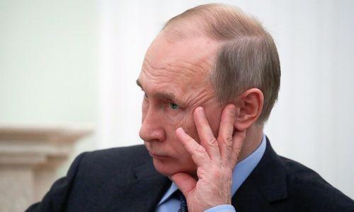 Maskva stabdo dalyvavimą INF sutartyje ir imasi kurti naujų tipų raketas