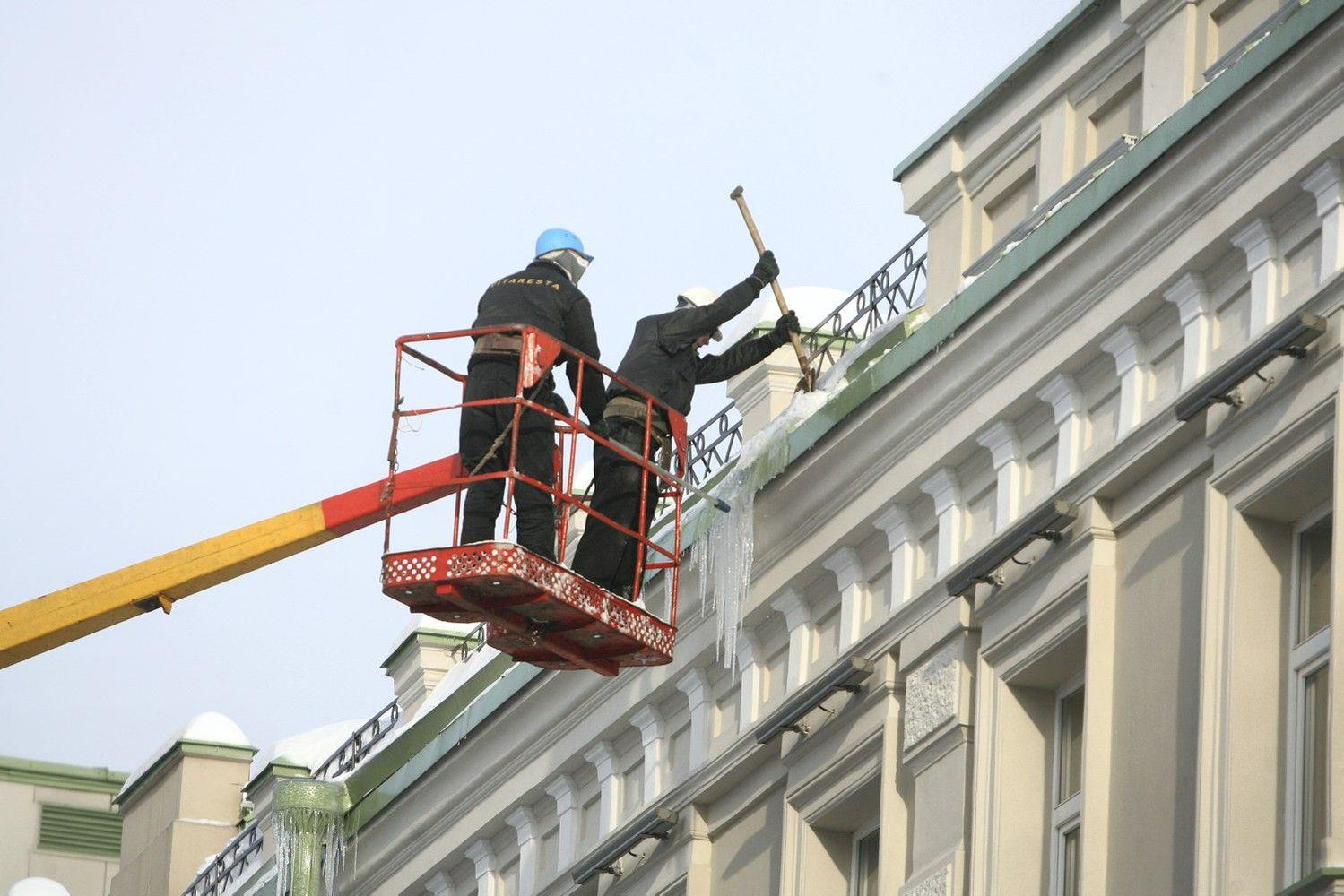 Vilniaus savivaldybė perspėja dėl besiformuojančių varveklių