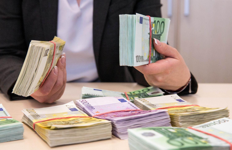 Prasidėjo pensijų fondų dalyvių kraustynės