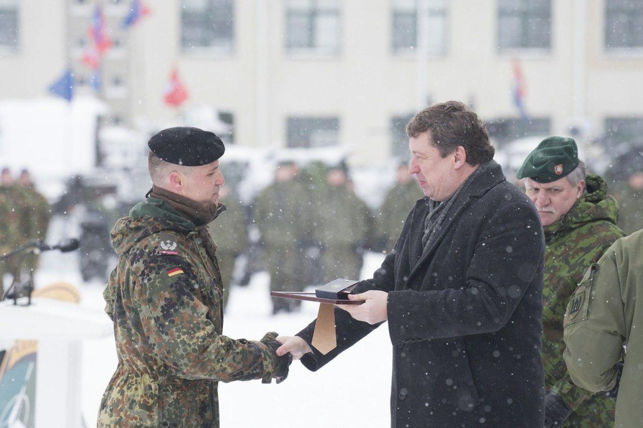R. Karoblis: INF sutarties įšaldymas tiesioginės grėsmės Lietuvai nekelia