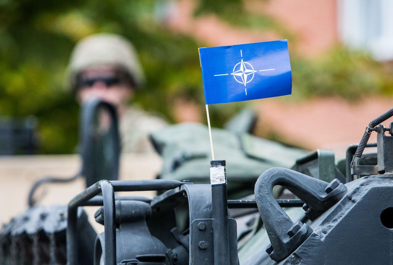 """NATO: Lietuva įstojo į """"2% BVP gynybai"""" klubą"""