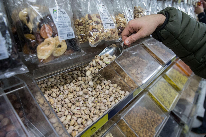Džiovintų vaisių ir riešutų pardavėjų plėtra: vieni į Skandinaviją, kiti – į Rytus