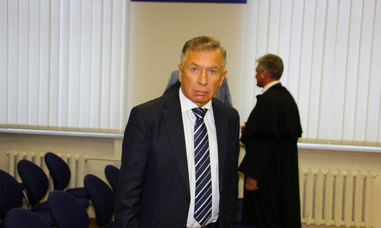 Teismas siekia patraukti atsakomybėn R.A.Ručį