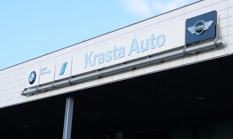 Krasta Auto salonas Vilniuje. Vladimiro Ivanovo (VŽ) nuotr.