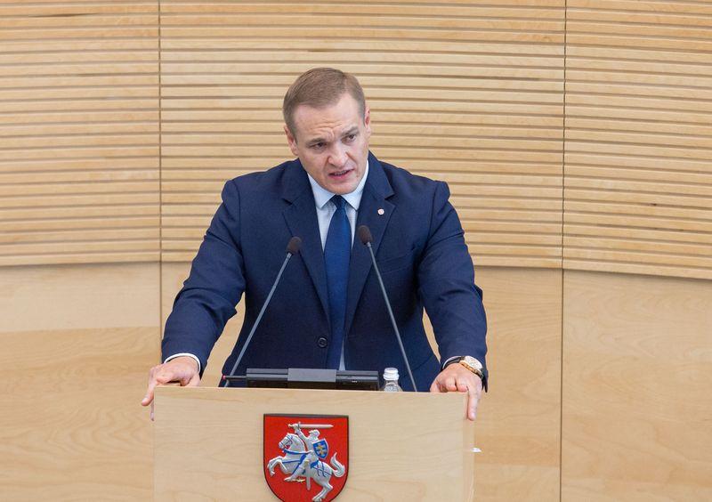 Vidaus reikalų ministrui Eimučiui Misiūnui pavasarį iš Seimo tribūnos teks pristatyti naują kovos su neteisėtu praturtėjimu instrumentą. Juditos Grigelytės (VŽ) nuotr.