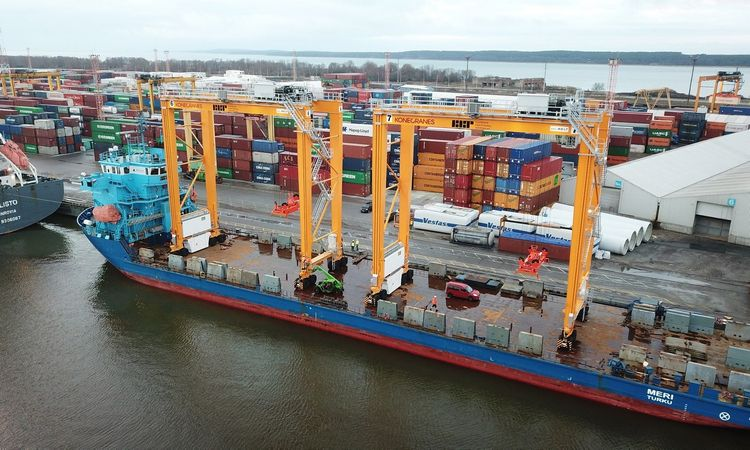 Jūrinių konteinerių krovos pradininkė Lietuvoje šiandien – viena Baltijos regiono lyderių
