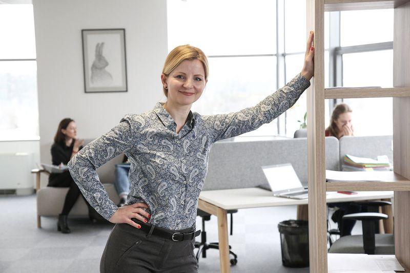 """Alisa Miniotaitė, UAB """"Alisa Management Laboratory"""" vadovė, akcentuoja, kad darbuotojai gerai jaučia, kurie įpročiai gramzdina jų bendrovę, o kuriuos verta išlaikyti. Vladimiro Ivanovo (VŽ) nuotr."""