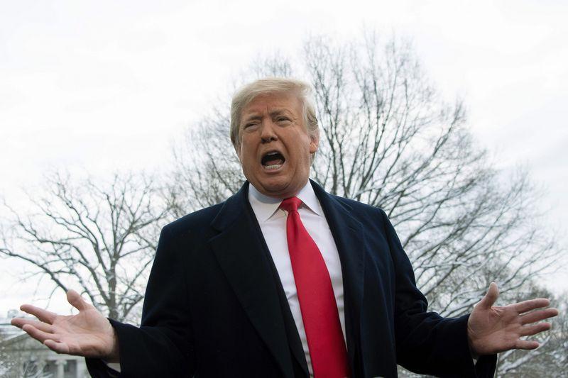 """Donaldo Trumpo, JAV prezidento, sprendimas vėl kursto nerimą tarp sąjungininkų. JIMO WATSONO (AFP / """"Scanpix"""") nuotr."""