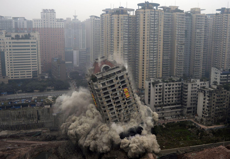Burbulai Kinijoje: ekonominių problemų naujojoje supergalybėje išvengti nepavyks