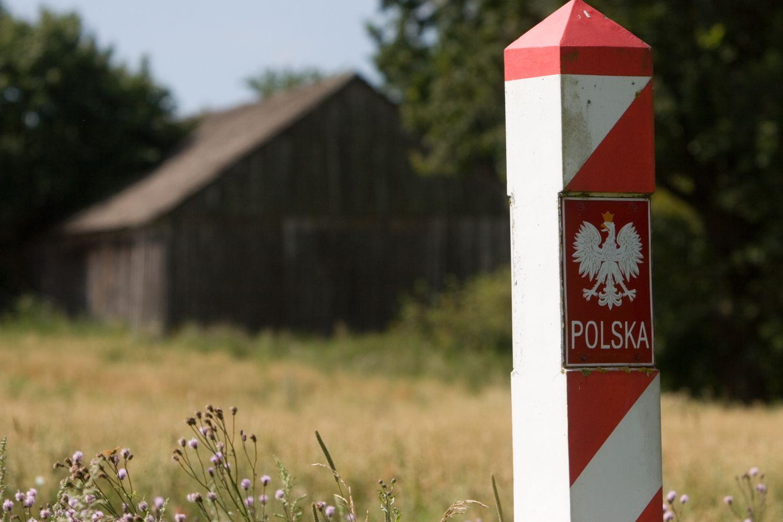 Lenkija laikinai atkuria pasienio kontrolę