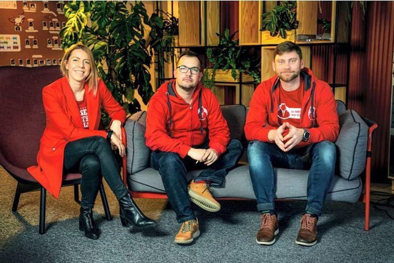"""""""Startup Wise Guys Lietuva"""" partneriai (iš kairėas): Jonė Vaitulevičiūtė, Cristobal Alonso ir Dmitrij Sosunov. Bendrovės nuotr."""